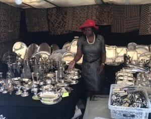 Mercadillo de antiguedades en el Sablon