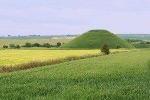 La pirámida de Silbury Hill esconde muchos misterios