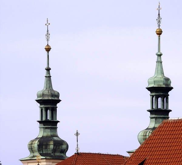 Las cúpulas de cebolla son típicas en Praga