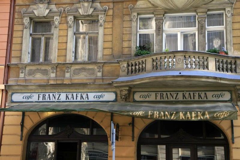 La figura de Kafka está presente por toda la ciudad