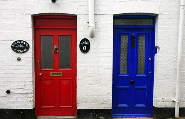 Fowey puertas colores