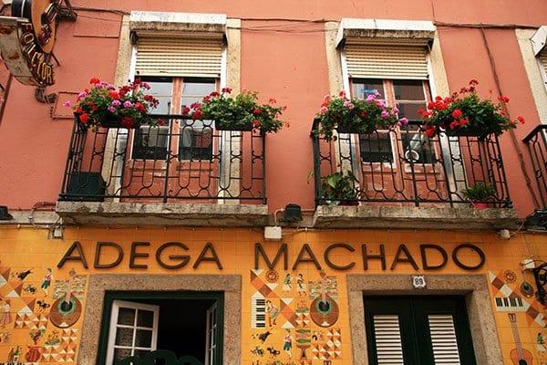 Lisboa Bar Machado