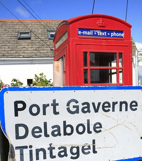 Señal de llegada a Tintagel