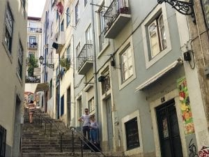 Lisboa está llena de escaleras empinadas