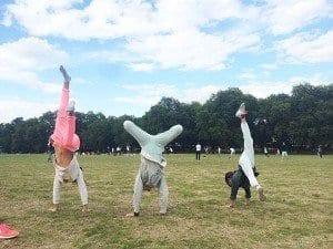 Hyde park es buen lugar para correr, saltar y jugar