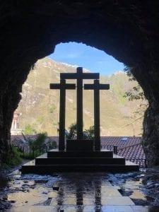 Cruces en el Santuario de Covadonga