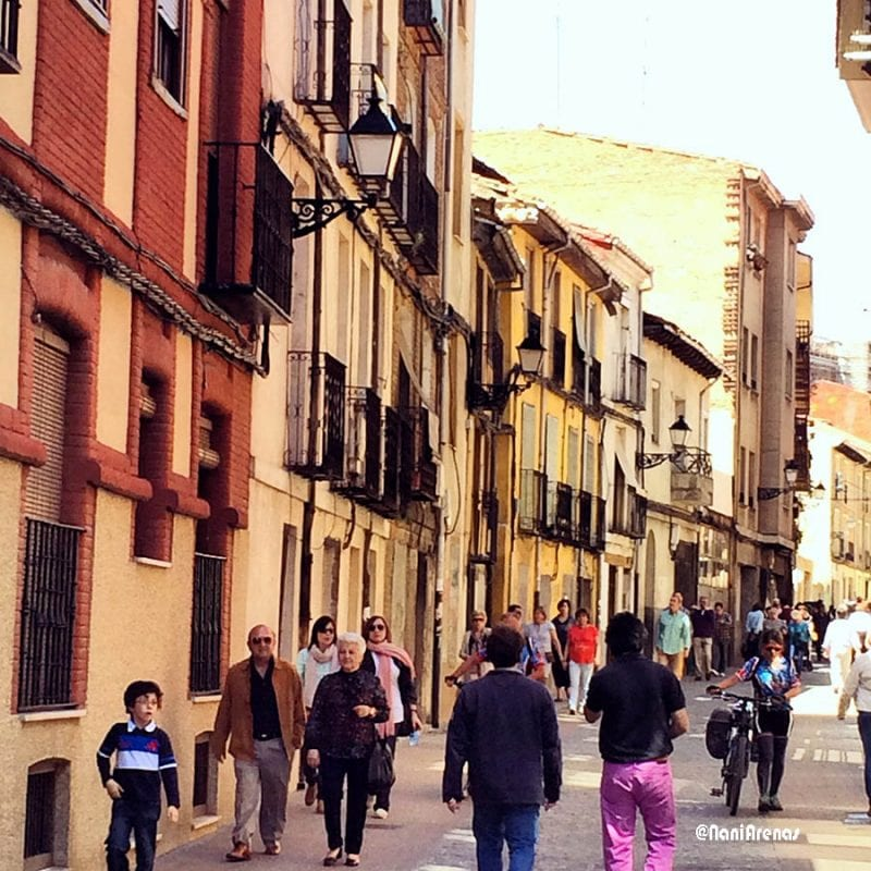 Callejuela Leon Nani Arenas blog