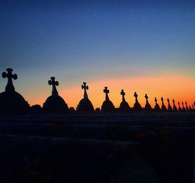Cementerio de Galicia al atardecer