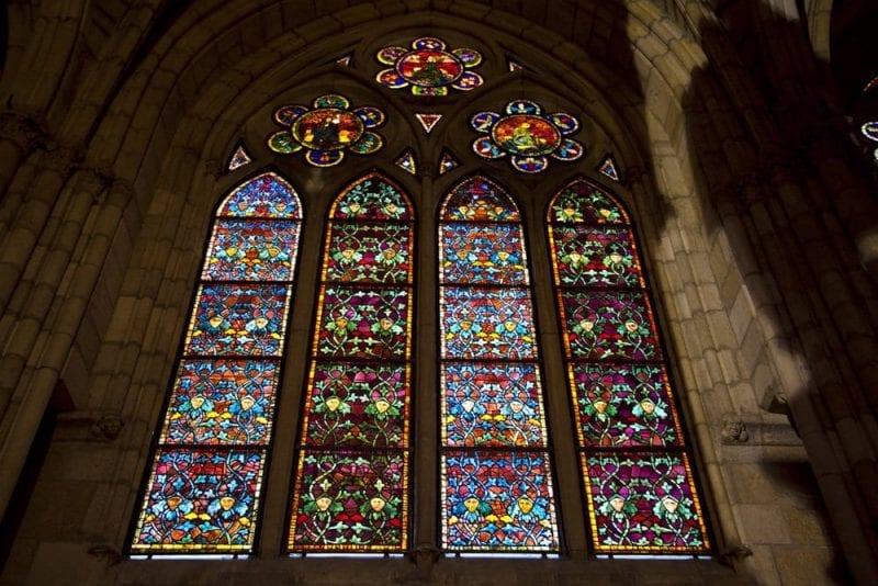 Detalle de vidrieras de la catedral