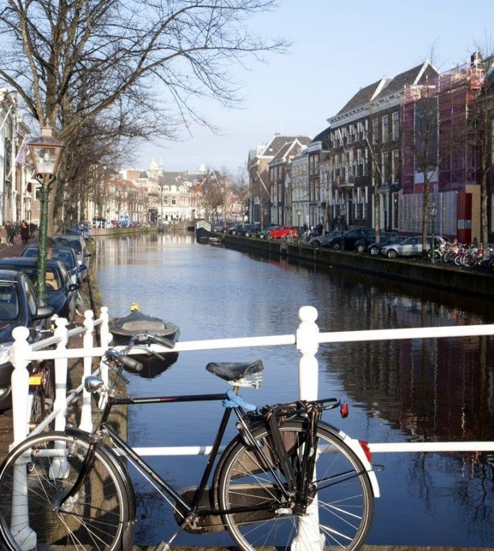 Otra estampa del canal de Leiden