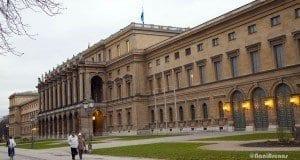 Una de las fachadas del palacio Residenz