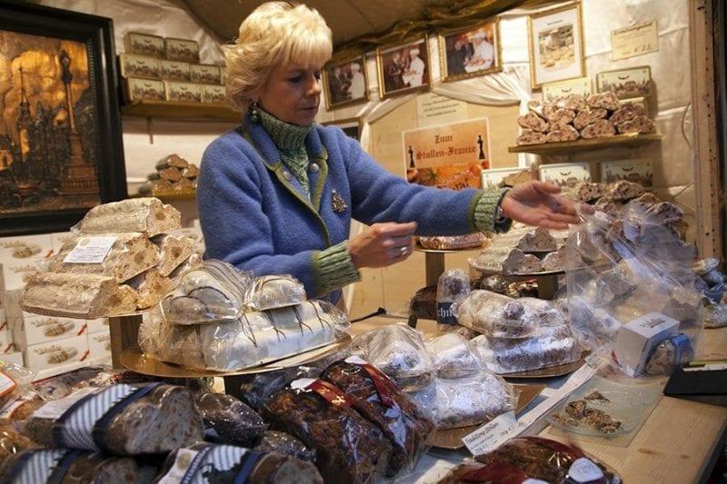 En algunos puestos venden más de 30 butter stollen diferentes