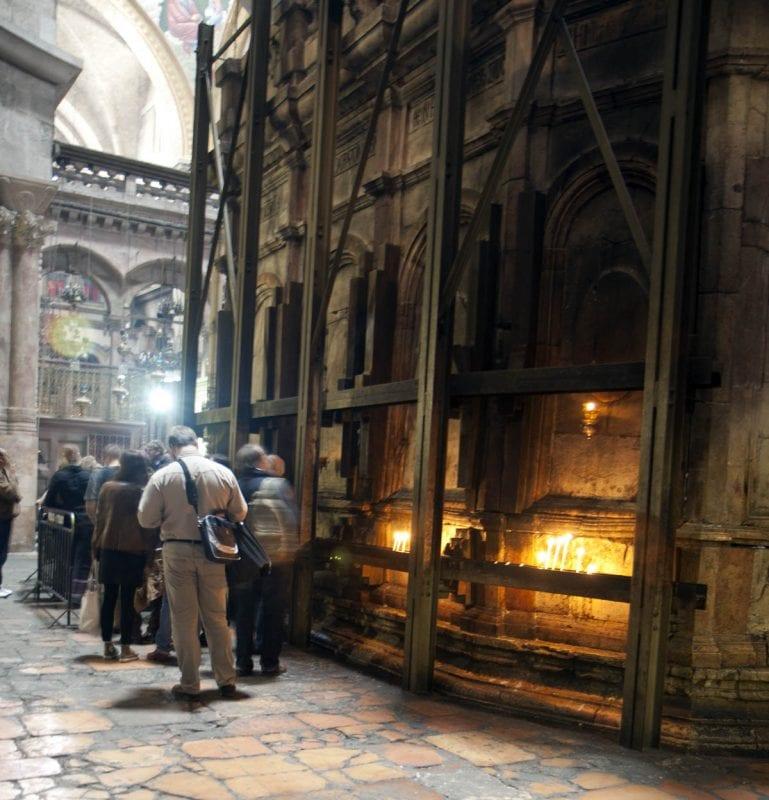Colas para entrar al Santo Sepulcro