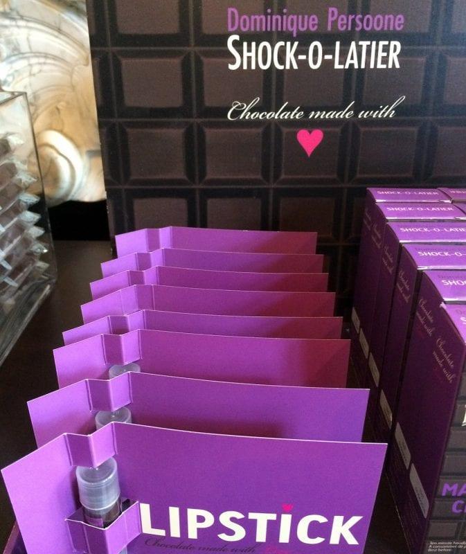 La barra de labios de chocolate es un regalo divertido para niños