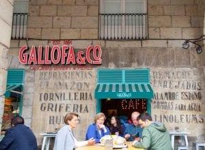 Hay varias panaderías Gallofa en Santander