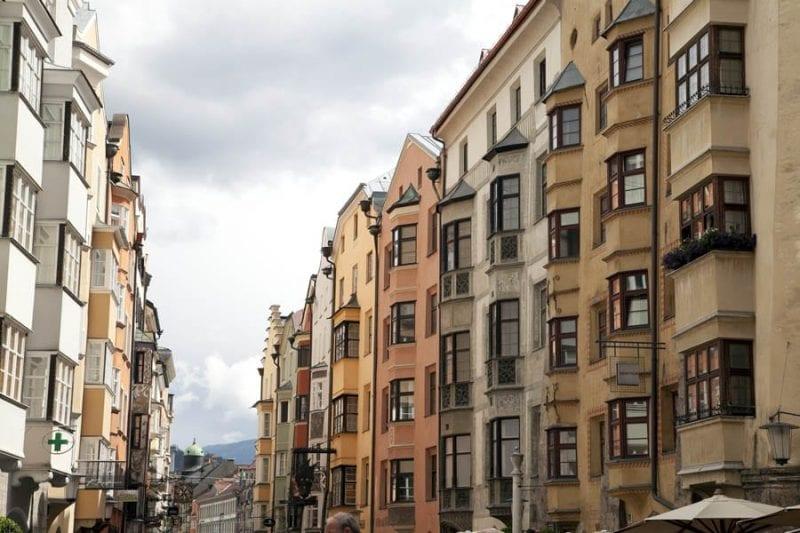 Ventanas con balcones estilo Erker