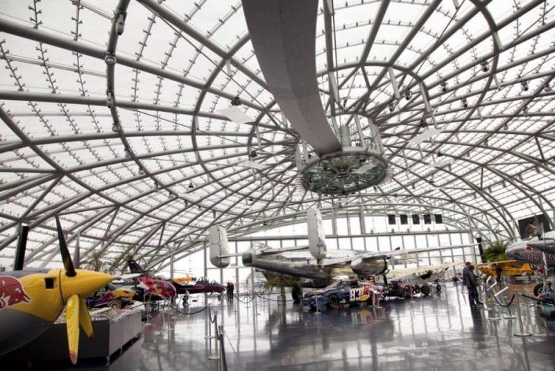 Panorámica de Hangar-7