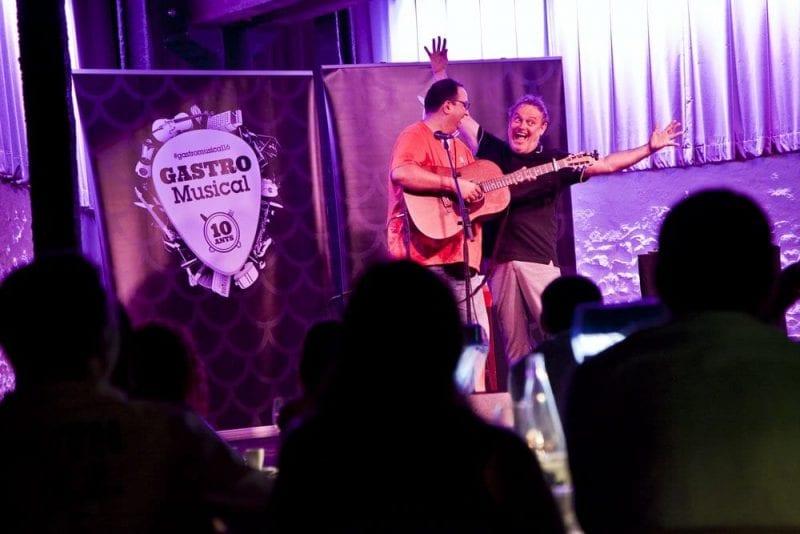 Carbonell y Fajardo durante la actuación