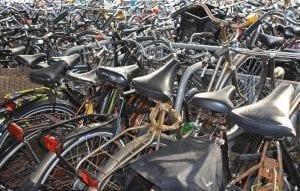 Aparcamiento de bicicletas en la estación central