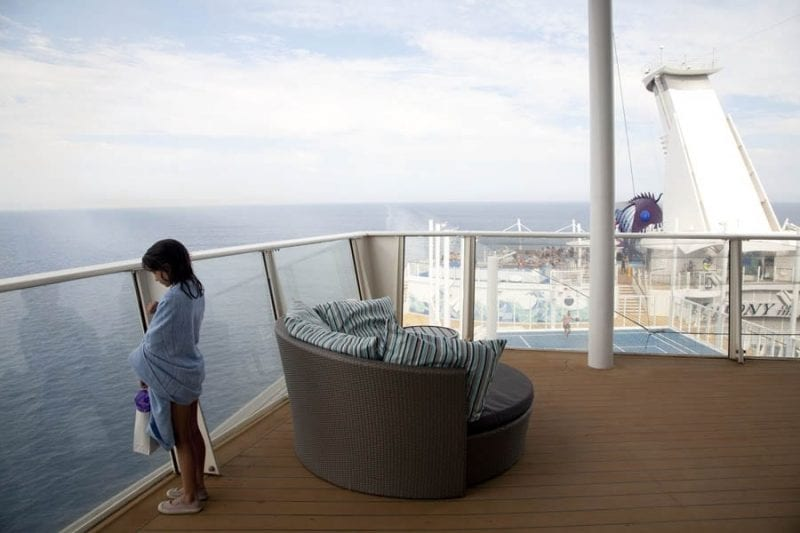 Vistas desde el balcón de una de las suites del Harmony of the Seas