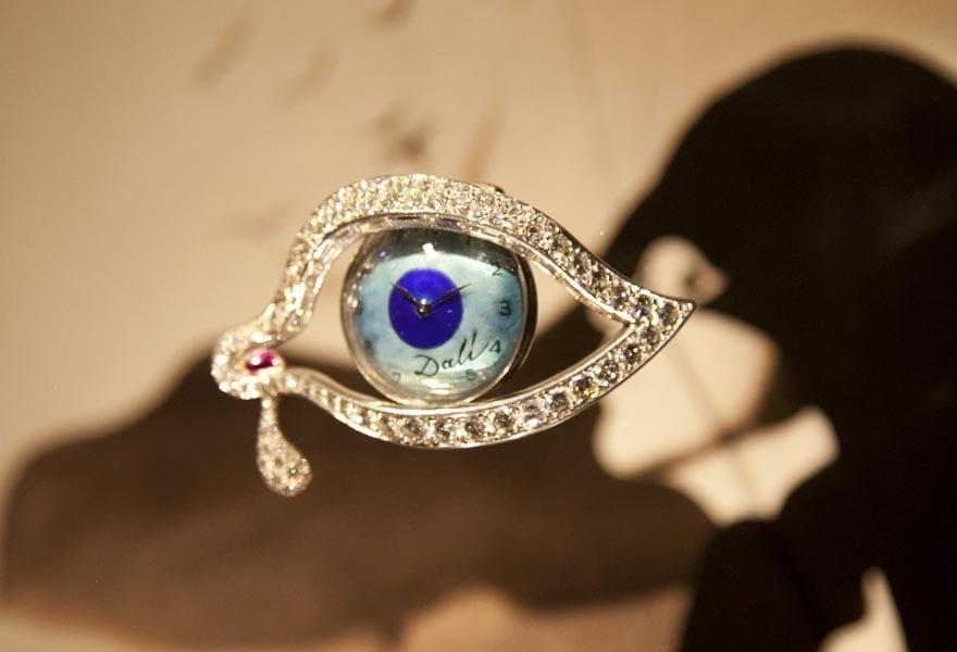 Una de las joyas más famosas diseñadas por Dalí