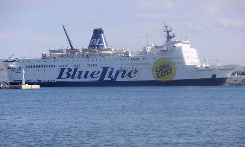 Los ferrys de BlueLine parten de Barcelona y Valencia