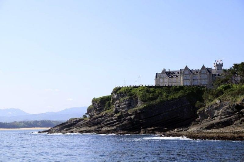 El Palacio de la Magdalena desde el mar