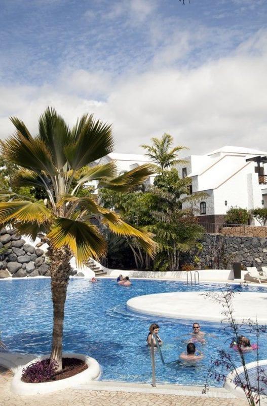 Otro detalle de la piscina del Suite Villa María