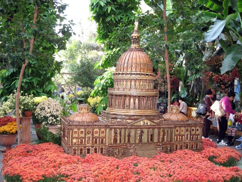 Maqueta del Capitolio en el jardín botánico de Washington