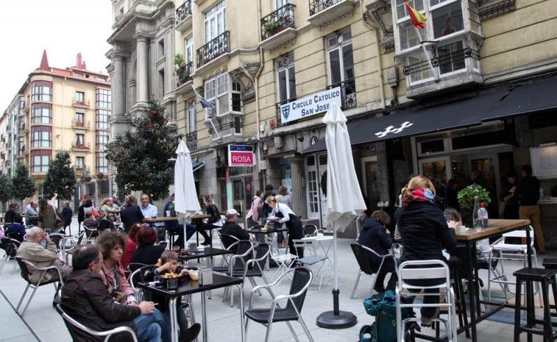 En Santander se hace mucha vida en las terrazas y en la calle