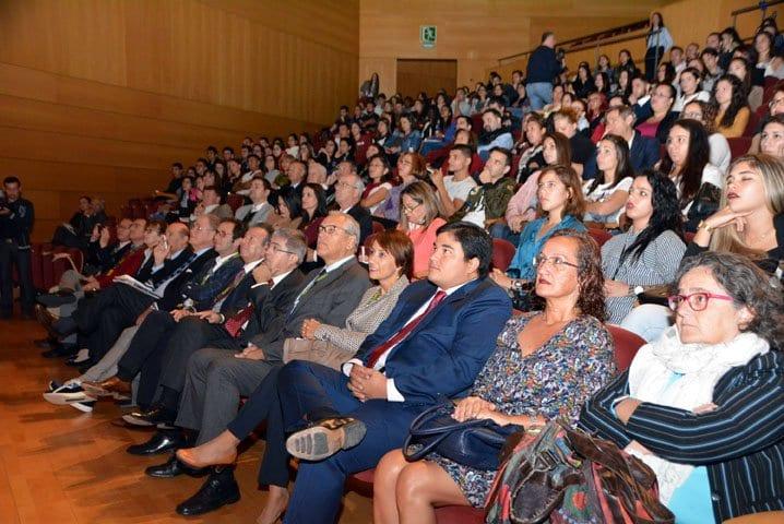 El palacio de Congresos de Maspalomas se llenó durante el foro