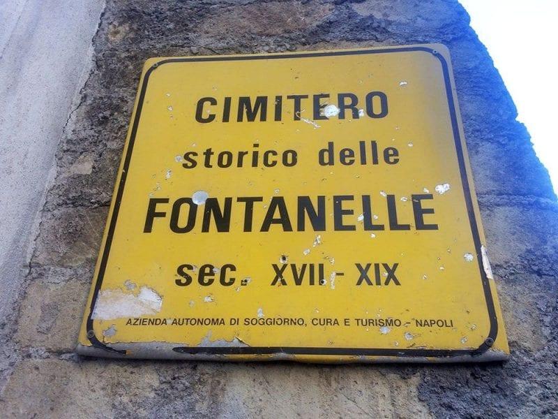 Entrada al cementerio de Fontanelle