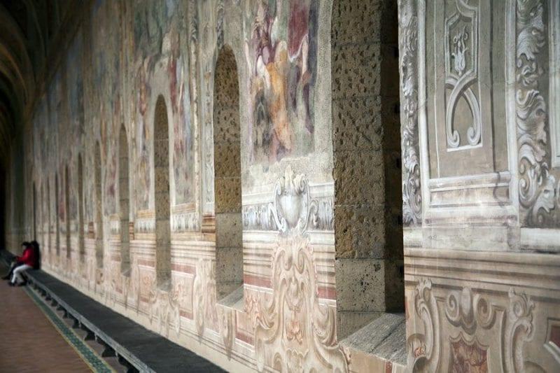 Frescos en el claustro del convento de Santa Clara