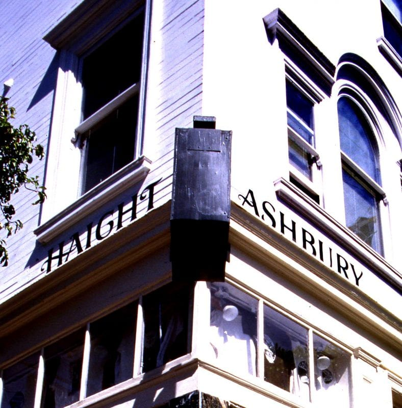 San Francisco, esquina mítica de Haight Ashbury