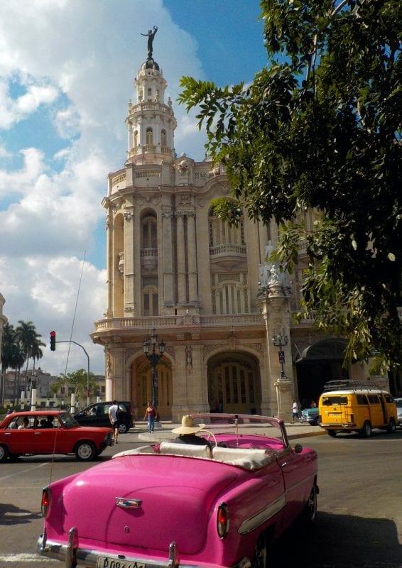 El parque movil de Cuba, uno de sus tesoros