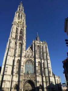 La catedral de Amberes tardó en construirse 170 años
