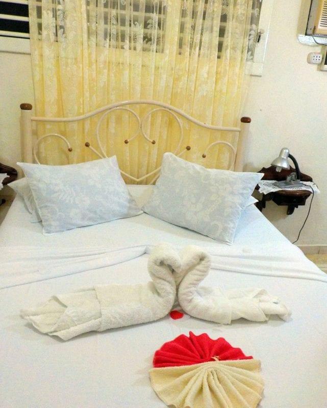 Detalle habitación en una casa particular en Cienfiuegos