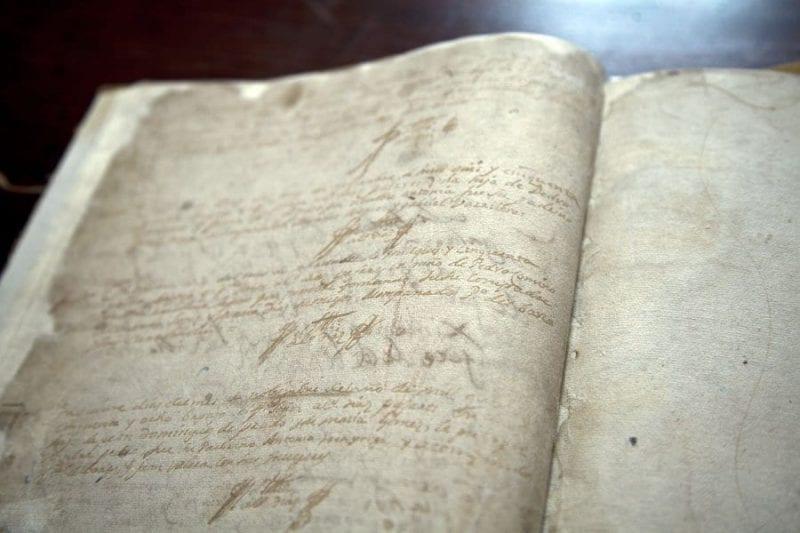 El manuscrito se guarda en la Colegiata de Santa María La Mayor