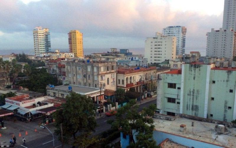 Panorámica de El Vedado desde la casa donde nos alojamos en La Habana