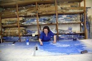 Los bordados de Madeira se elaboran a mano