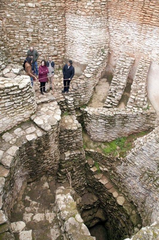 La Motilla del Azuer constituye el yacimiento más representativo de la Edad del Bronce en La Mancha (2200-1300 a.C.)