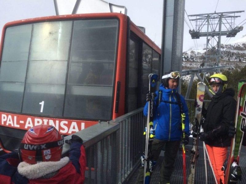 Cerca de Caldea hay varias estaciones de esquí