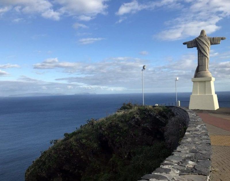 El cristo contempla el mar desde 1927