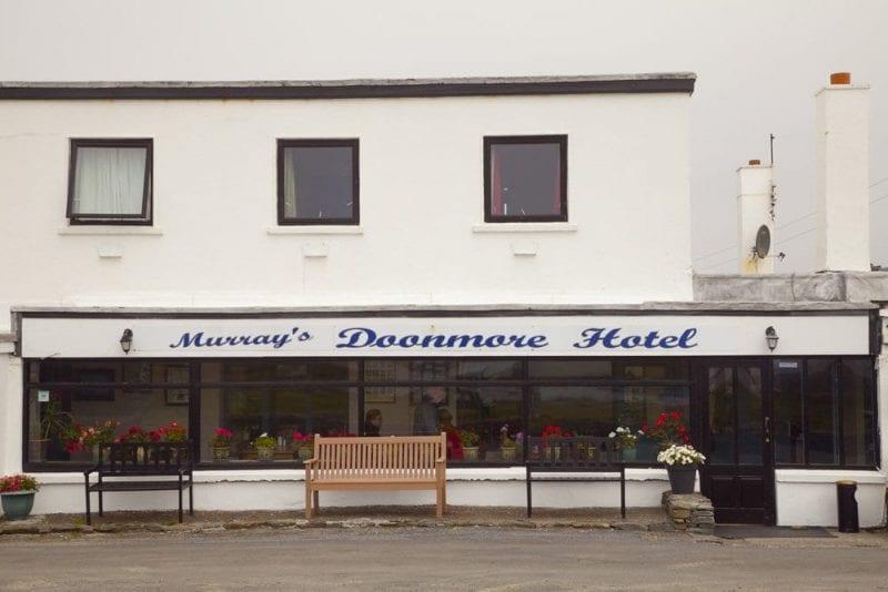 El hotel doonmore es uno de los mejor valorados en booking