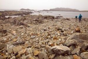 En Inishbofin hay también playas de piedra