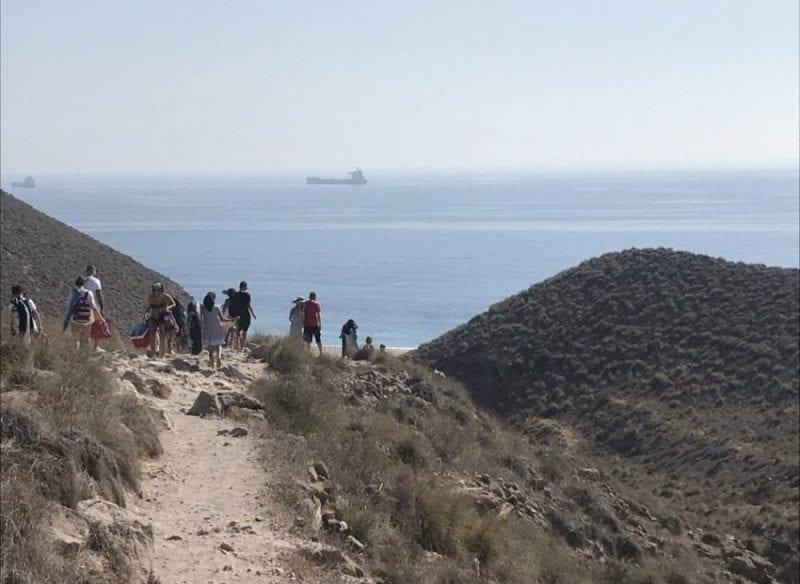 Camino de acceso a la playa de los Muertos