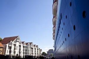 El Monarch de Pullmantur atracado en el puerto de Stavanger