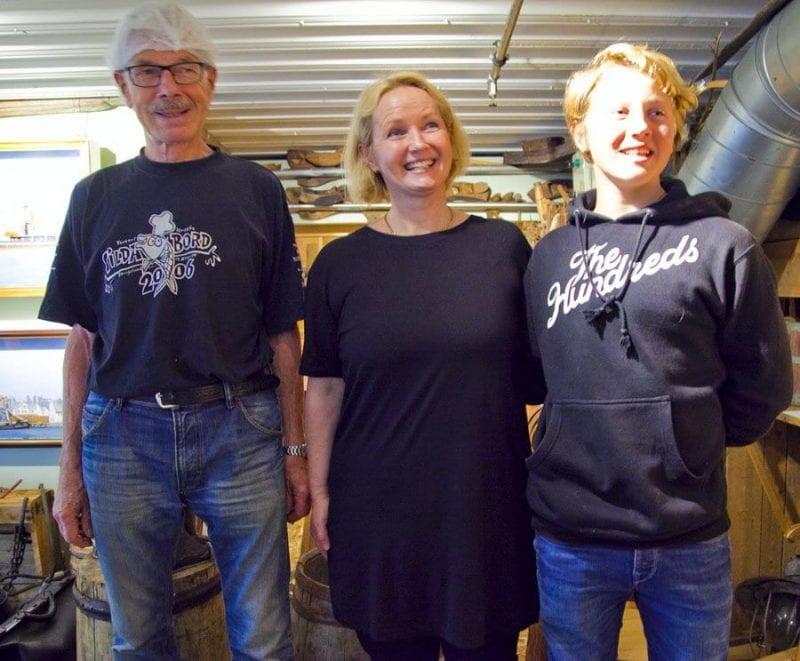 La fábrica de arenques Kyvik es una empresa familiar