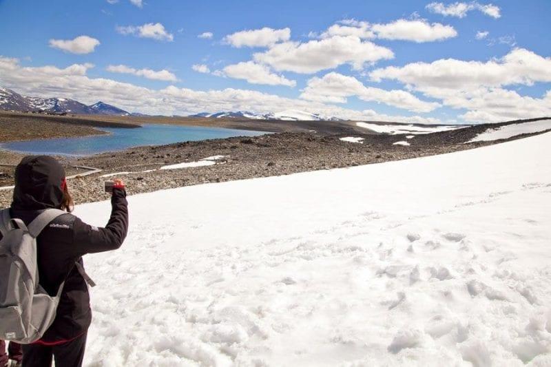 El acceso a Klima Park está lleno de nieve