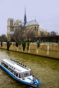 Navegar por el Sena, una experiencia inolvidable